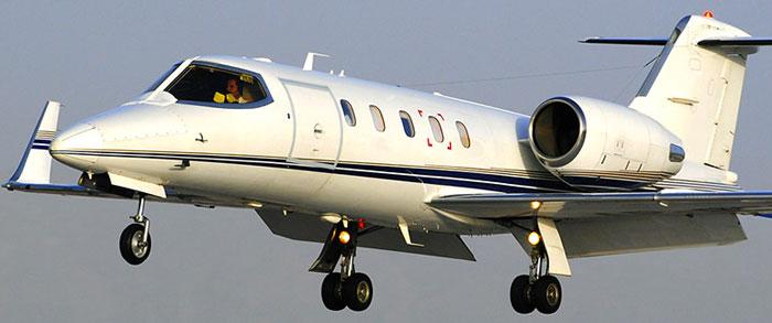 Learjet 20 windows