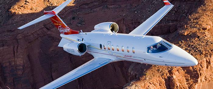 Learjet 40 windows